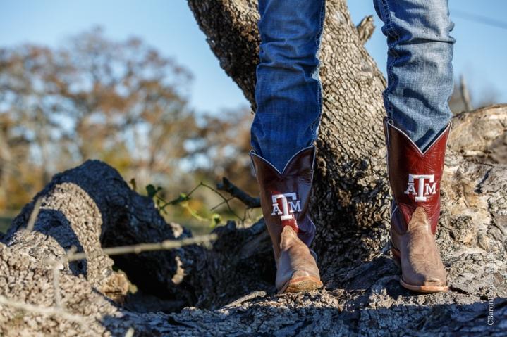 2014; Autumn; C. Baron Photography; Country; Cowboy Boots; Fall; Houston Senior Photographer; Nature; Outdoors; Senior Portraits; Seniors; Texas A&M; dog; puppy;