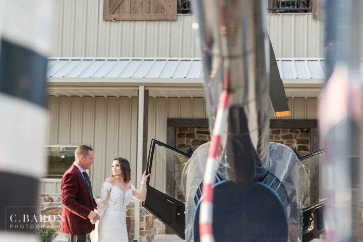 Pretty wedding editorial at the Falls Event Center in Waller Tex