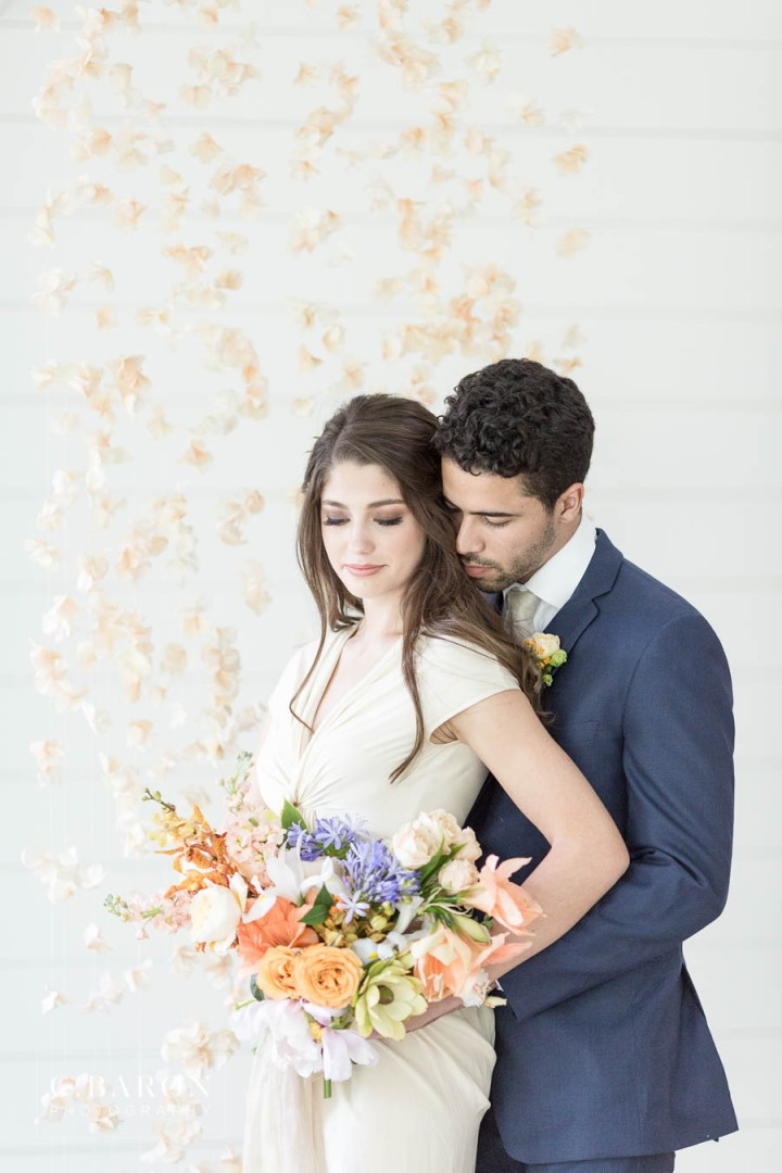 Gorgeous wedding editorial at Meekersmark near Houston Texas spo